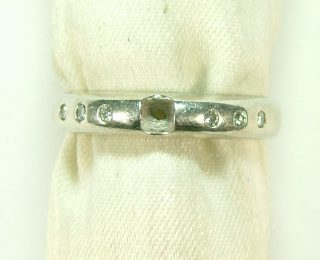 ジャンティールスタッフブログ「修理のご相談-指輪の宝石が取れてしまった時-」
