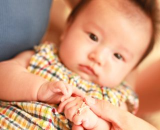 ジャンティールスタッフブログ「可愛いベビーちゃんが生まれた記念にe.m.のベビーリング!」