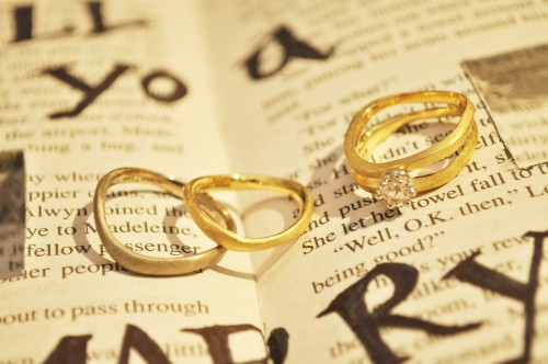 roccia(ロッチャ)|結婚指輪|婚約指輪|マリッジリング|エンゲージリング