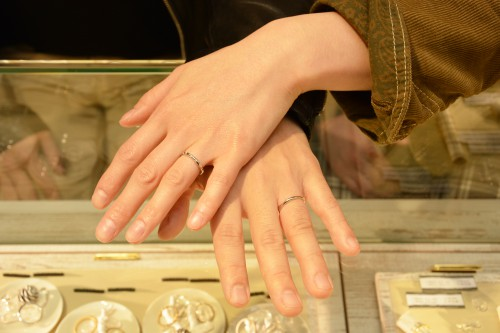 幸せカップル|イーエム|結婚指輪