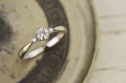 婚約指輪|LAPAGE